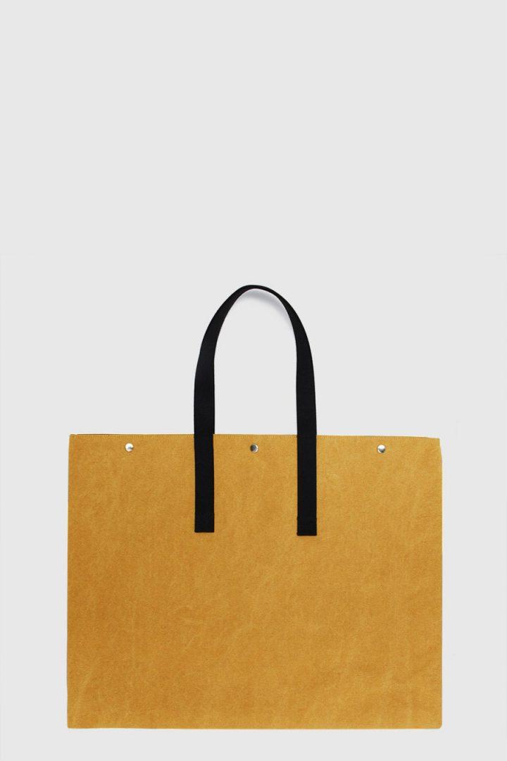 Bolso grande para artista impermeable color amarillo mostaza hecho en España