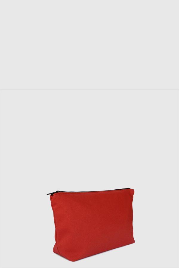 Estuche con cremallera vegano e impermeable color rojo hecho en España
