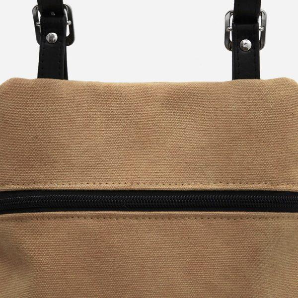 mochila lona marrón
