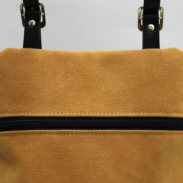 KOS mustard black closure