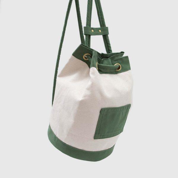 mochila 1994 de tipo macuto en loneta y lona verde