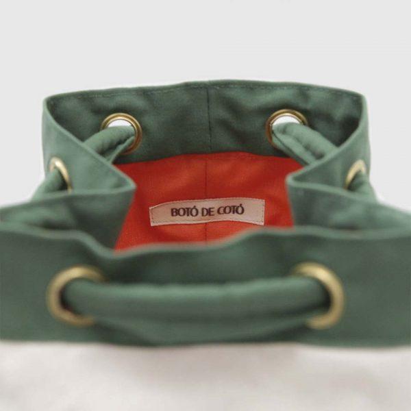 mochila 1994 en color verde y loneta