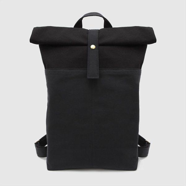 mochila nómada en color negro