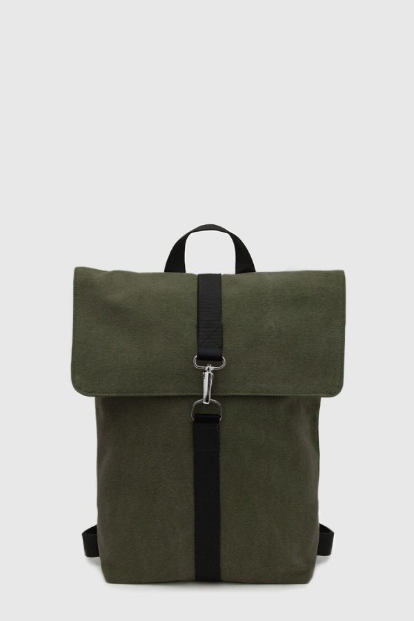 Mochila impermeable urbana color verde oscuro made in Spain