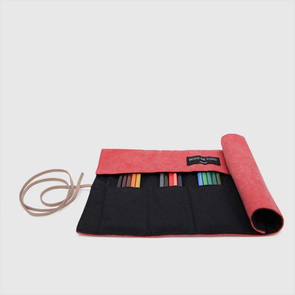 enrollable rojo y negro pequeño