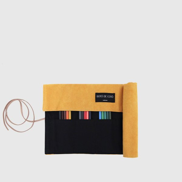 mustard and black roller case