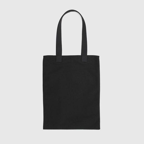 bolso tote de color negro